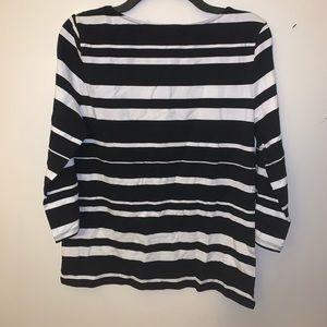 Striped long sleeve shirt. Size: L